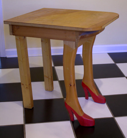 Shoe Table